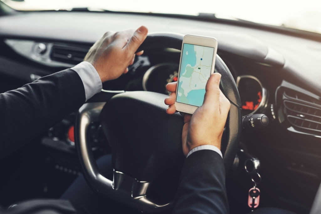 Best Apps To Use For A Uae Road Trip on rental car