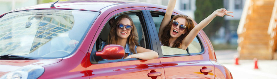 How Do You Get the Benefits from a Professional Dubai Rent a Car Service in Dubai